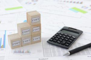 太陽光発電へ投資するのに月々のランニングコストっていくらぐらい?