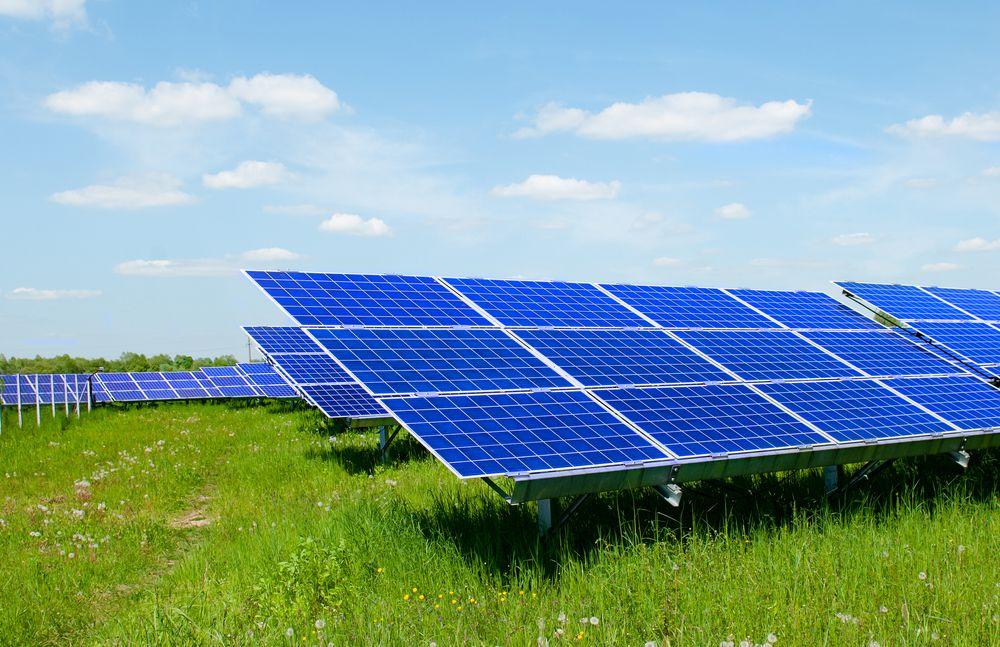 太陽光発電で利用できる余剰電力の預かりサービスとは